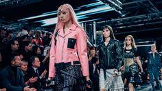 O desfile feminino Spring Summer 2016 da Louis Vuitton