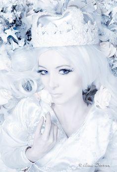 Winter Princess III by Annie-Bertram on DeviantArt The White Princess, Winter Princess, Ice Princess, White Queen, All White Party, Queen Photos, Winter Photos, Snow Queen, Beauty Art