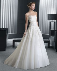 Two by Rosa Clara Wedding Dresses 2015 Collection Part II. To see more: http://www.modwedding.com/2014/07/29/two-rosa-clara-wedding-dresses-2015-collection-part-ii/ #wedding #weddings #wedding_dress
