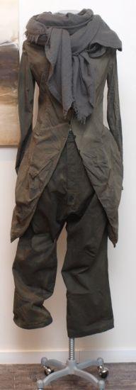 rundholz dip - Hose Cotton croco - Winter 2014 - stilecht - mode für frauen mit format..   ( coat and scarf ).