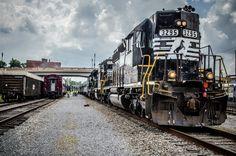 Dramatic Train by Zac Myers, via 500px