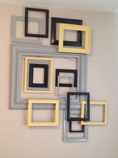 Ideas For Jewerly Display Wall Frames Empty Picture Frames, Picture Frame Decor, Empty Frames, Frame Wall Decor, Diy Wall Art, Framed Wall Art, Display Wall, Gallery Wall Frames, Frames On Wall