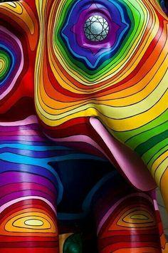la vida esta llena de colorido disfrútala y se feliz...