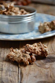 Elegante, chique, chocolate ...: {Brutti ma buoni biscoitos italianos crocante de avelã}