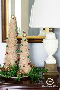 Fringed Burlap Christmas Tree Tutorial. Easy directions, budget friendly and festive! #Burlap #Christmas