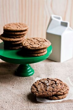 Hummingbird High: Cracked Ginger-Molasses Cookies