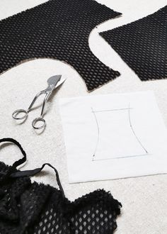 Make Your Own Underwear: Tips for Attaching Crotch Lining - Madalynne - The Cool Patternmaking and Sewing Blog