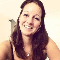 Marileen, mijn nieuwe gastblogster. Jullie kunnen mee gaan lezen, in haar avonturen met het schrijven met gevangene. Hier stelt ze zich voor