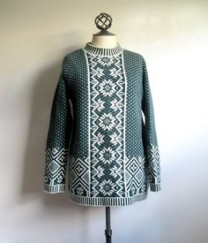 575d8ed4629 Items similar to Vintage 1980s United Colors of Benetton Green Nordic  Sweater Lrg on Etsy
