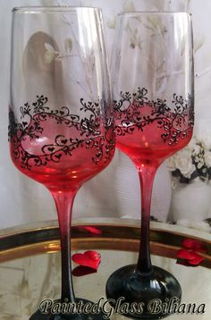 Set of 2 champagne flutes with modern and clean design in black and red color.  You can order hand painted red ring bearer pillow with the