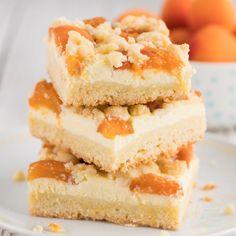 Aprikosenkuchen mit Quark und Streuseln