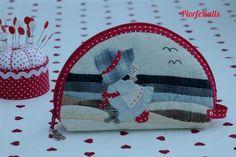 👧🏻♥️👧🏻♥️👧🏻finished!😃 . . . . #sunbonnet #travelbag #patchwork #decoration #creative #present #handmade #supporthandmade #maker #fabric #подарок #telas #craft #sewing #diy #quilting #sew #applique #diy #home #instagood #original #pattern #diseño #ручнаяработа #cotton #artesania #photooftheday #hechoamano #beautiful