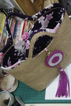 jute fiber bag with medalion tassel