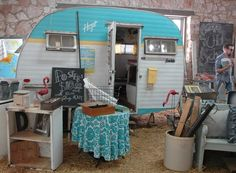 vintage travel trailer at Bella Rustica Vintage Barnsale