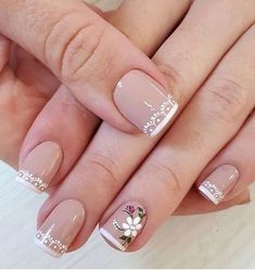 Wedding Designs Wedding Nail Art Designs For Brides Nail Art Designs, French Nail Designs, Natural Nail Designs, Wedding Manicure, Wedding Nail, Bride Nails, Sparkle Nails, Cookies Et Biscuits, French Nails