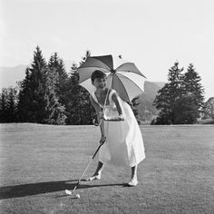 Hepburn golfing. Read more: http://stylecaster.com/audrey-hepburn-style/#ixzz3Wh6A3tx0