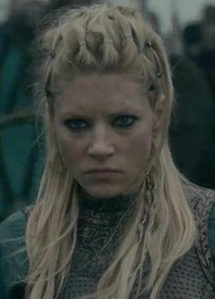 Lagertha Costume, Lagertha Hair, Bandana Hairstyles, Crown Hairstyles, Braided Hairstyles, Viking Braids, Viking Hair, Hair Day, New Hair