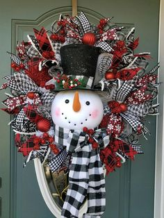 Christmas Wreath / Snowman Wreath for front door / Traditional Christmas Wreath / Buffalo Plaid Christmas Wreath / Red Black Christmas Decor Large Christmas Wreath, Christmas Wreaths For Front Door, Black Christmas, Rustic Christmas, Holiday Centerpieces, Christmas Decorations, Holiday Decor, Snowman Wreath, Christmas Traditions