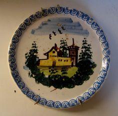 Piatto in porcellana a decoro policromo con paesaggio, Mondovì
