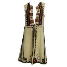 Romanian Hand-Emroidered 3/4 Length Wool Vest Circa 1973 (looks like recent isabel marant)