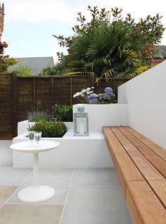 Boscolo - The Townhouse - Exterior Back Gardens, Small Gardens, Outdoor Gardens, City Gardens, Townhouse Exterior, House Plant Care, Interior Design Photos, Garden Soil, Garden Beds