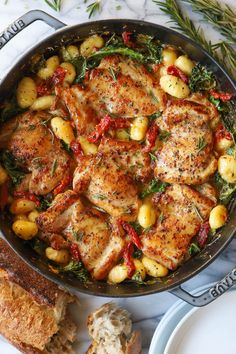 Sun Dried Tomato Chicken and Gnocchi - Damn Delicious Whole Food Recipes, Cooking Recipes, What's Cooking, Sundried Tomato Chicken, Chicken Broth Can, How To Cook Gnocchi, Tomato Cream Sauces, Gnocchi Recipes, Delicious Dinner Recipes