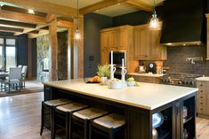 More floors True Residence - traditional - kitchen - portland - Alan Mascord Design Associates Inc