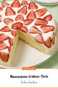 Mascarpone-Erdbeer-Torte Mascarpone and strawberry cake - smarter - time: 40 min. Strawberry Tart, Strawberry Desserts, Sweet Recipes, Cake Recipes, Dessert Recipes, Quiche Recipes, Torte Au Chocolat, Cooking Cake, Summer Snacks