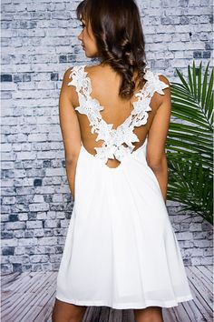 2e611d419062 daisy crochet back dress..perfect simple wedding dress Cute Dresses