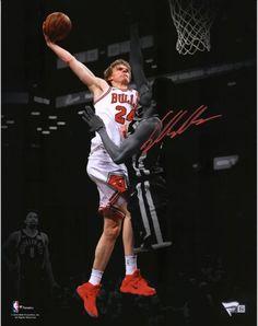 01ad39e9d21 Lauri Markkanen Chicago Bulls Autographed 11