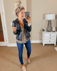 Outfits 2019 Outfits casual Outfits for moms Outfits for school Outfits for teen girls Outfits for work Outfits with hats Outfits women Mom Outfits, Casual Outfits, Cute Outfits, Fashion Outfits, Womens Fashion, Fall Winter Outfits, Autumn Winter Fashion, Spring Outfits, Winter Style