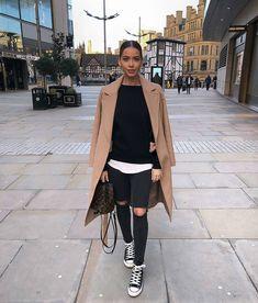 "930 mentions J'aime, 8 commentaires - Manhattan Fashion Styles (@manhattan_fashion_styles) sur Instagram : ""via @street_style_paris ; @realfashionist """