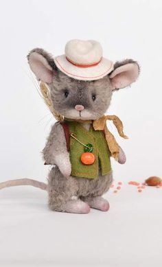 "Teddy mouse ""Robby"" By Oksana Antonenko - Bear Pile"