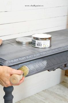 Crea Decora Recicla by All washi tape Chalk Paint Projects, Chalk Paint Furniture, Old Furniture, Hand Painted Furniture, Upcycled Furniture, Furniture Projects, Furniture Makeover, Vintage Furniture, Chalky Paint