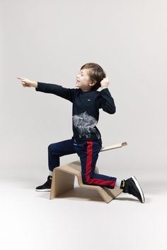 Studio Lancelot's Active Classroom seating encourages children to move. Woven Image, School Chairs, Classroom Furniture, Improve Posture, Workplace Design, Acoustic Panels, Classroom Design, Japanese Design, Primary School