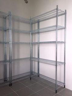 Kolla in vårt förråd! Garage Interior, Diy Garage, Wardrobe Rack, Interior Design, Interior Ideas, Shelves, House, Inspiration, Furniture
