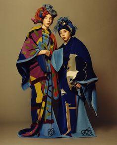 アンダーソンとアレンも来日 「ロエベ」がテキスタイル・アーティストのジョン・アレンとのコラボコレクションを発表   BRAND TOPICS   FASHION   WWD JAPAN.COM