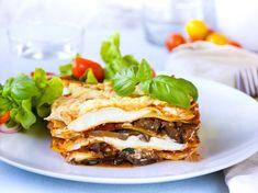 Lasagne bolognese, Per Morbergs recept Bolognese, Lchf, Philadelphia, Bacon, Sandwiches, Food Porn, Veggies, Vegetarian, Pasta