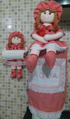 Kitchen Kit, Plastic Bag Holders, Felt Dolls, Rag Dolls, Doll Hair, Diy Home Crafts, Fabric Dolls, Dish Towels, Fabric Painting