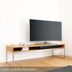 Für Puristen mit Anspruch! TV-Lowboard JANO ist ein minimalistisch designtes Sideboard aus Massivholz mit filigranem Gestell aus Edelstahl.  #tv #lowboard #pur #minimalistisch #holz #skandinavisch #design #interior