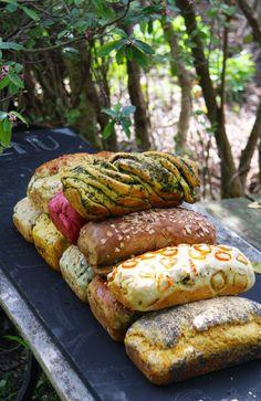 Muchos panes de sabores!!