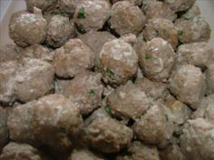 Garlic Italian Meatballs...for a Crowd!.  simple and packed with flavor-got the recipe from a cater who said it was a favorite among her clients