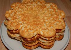 Ropogós waffel | Antukné Ildikó receptje - Cookpad receptek Breakfast Smoothies, Breakfast Recipes, Waffle Cake, Hungarian Recipes, Bread Rolls, Churros, Main Meals, Cake Cookies, Apple Pie