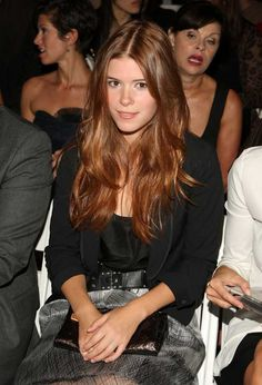 Love is red, red is love ♡ Love is Kate Mara Actresses With Brown Hair, Red Haired Actresses, Brunette Actresses, Hair Color For Brown Eyes, Red Hair Blue Eyes, Brunette Blue Eyes, Corte Y Color, Gorgeous Redhead, Auburn Hair