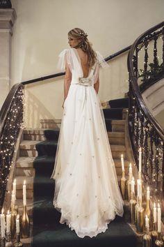 """Carmen Soto The Bride   Atelier de vestidos de novia   Presentación Colección """"El Sueño de una Noche de Invierno""""   http://www.carmensotothebride.com"""