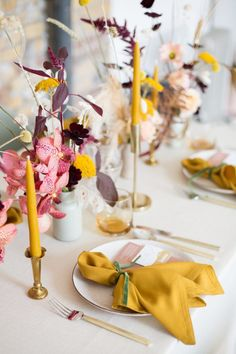 Considerate wedding styling which is kind to the planet featuring ochre yellow and pink palette Mustard Wedding Theme, Yellow Wedding, Wedding Colors, Wedding Trends, Wedding Designs, Wedding Styles, Wedding Ideas, Wedding Details, Wedding Decor