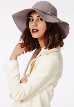 A floppy #hat is the perfect accessory all year round, and this #Missguided wool style hat in soft grey hue has stolen our hearts and sealed the deal with a bow to the front.