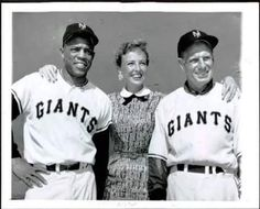 Willie Mays & Leo Durocher Baseball Manager, Giants Baseball, Leo Durocher, Laraine Day, America's Favorite Pastime, Polo Grounds, Willie Mays, Woman Standing, Press Photo