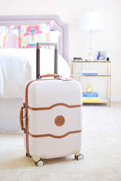 19d8e340b7b8 delsey chatelet 21 inch carry on