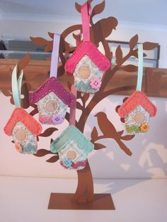 Pickle-Lily - felt birdhouses